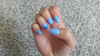 6 ways to pimp your nails in less than 10 minutes with striping tape